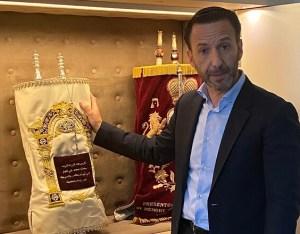Biztonságosabb zsidónak lenni az Emírségekben, mint Európában?