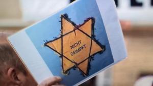 Nyílt antiszemitizmus a berlini koronavírus-tüntetésen