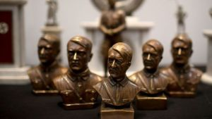 """""""Az ilyen aukciók segítenek legitimálni Hitler rajongóit"""""""