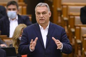 """Orbán: """"Az EU 34 millió migránsnak adna állampogárságot"""""""