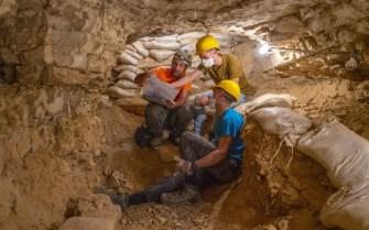 17.Dozens-of-youth-took-part-in-the-excavations.Photo-Yaniv-Berman-Israel-Antiquities-Authority-1024x640