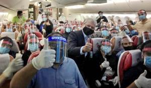 Egy szék kihagyása a repülőgépeken jelentősen csökkentheti a koronavírus terjedését