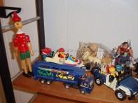 Pinocho de madera, Jeep y Lancha Playmobil, carritos
