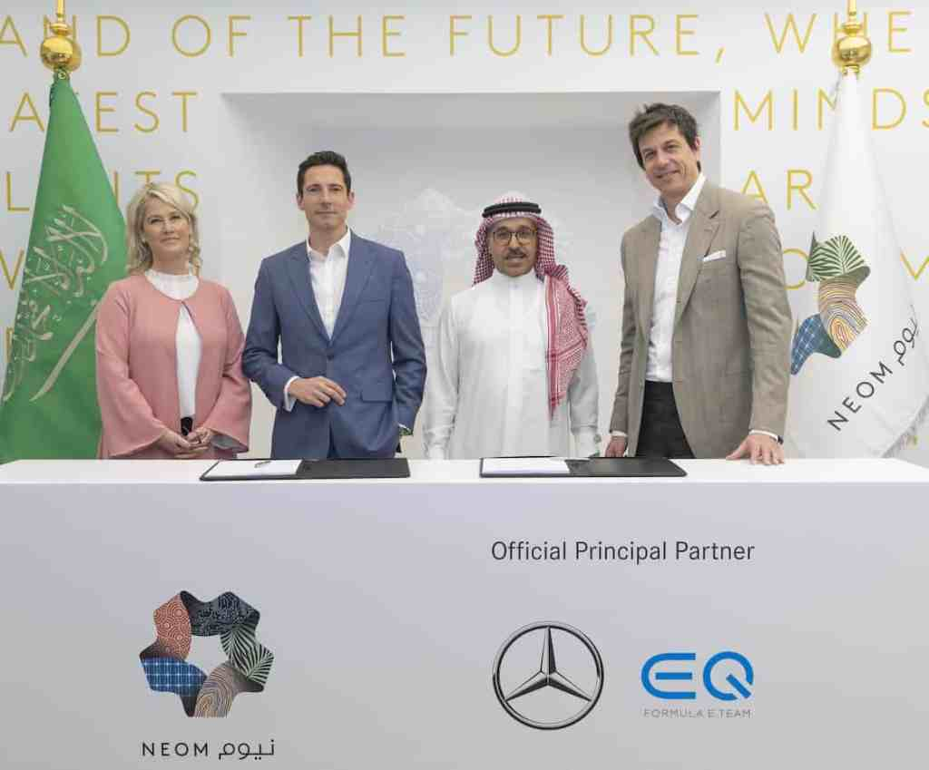 NEOM signs a partnership with the Mercedes-Benz EQ Formula team