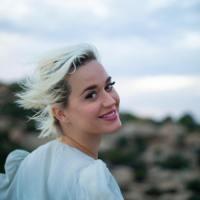 """All You Need Is Love"": Katy Perry covert die Beatles"