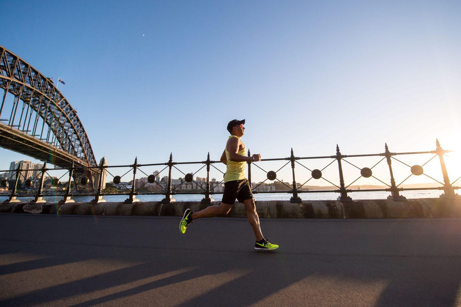 Man running a 5k virtually
