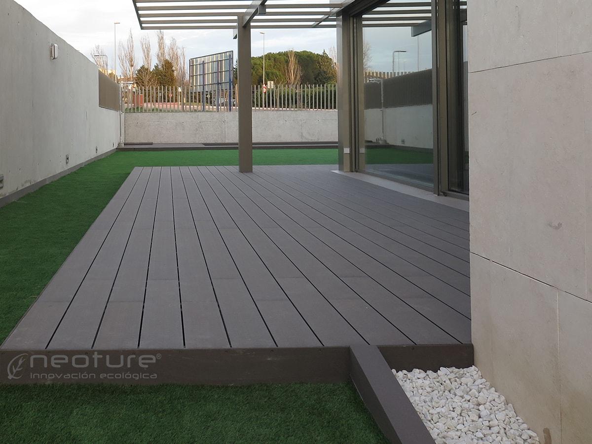 Pavimento flotante exterior suelos flotantes baldosas for Suelo para terraza barato