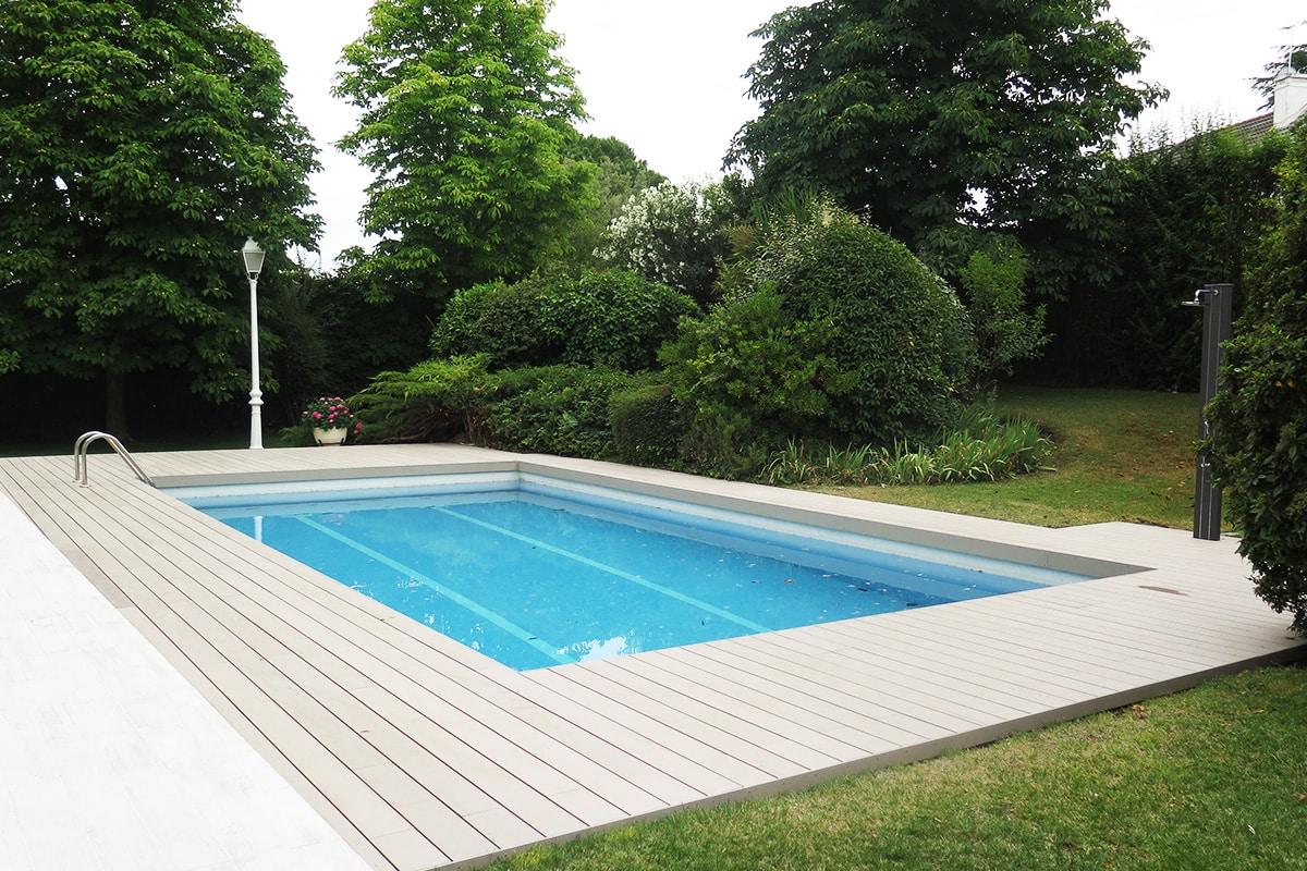 tarima-madera-composite-exterior-piscina-neopeck-sand