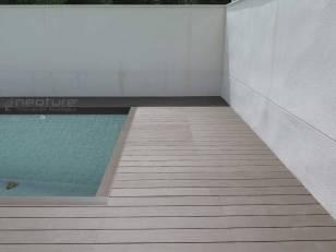 Tarima sintetica piscina exterior
