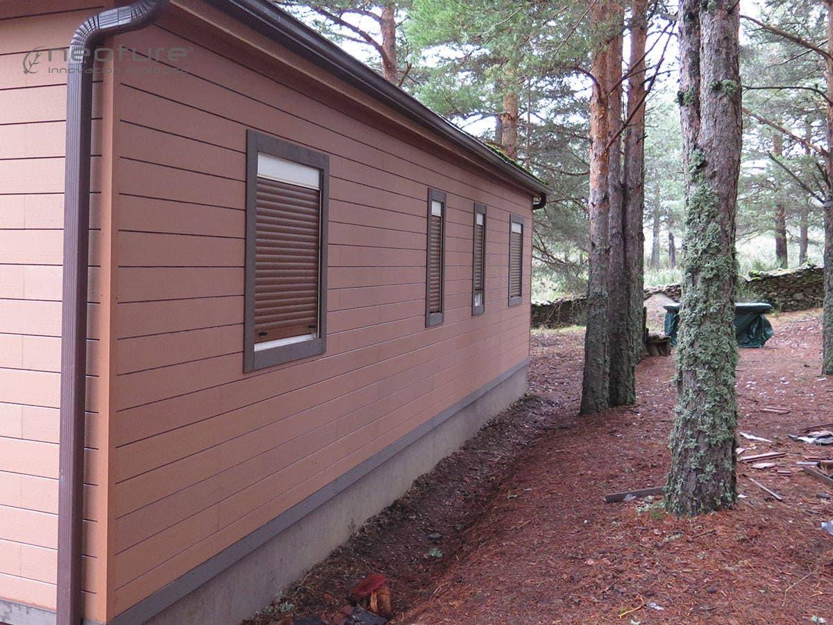 Panel madera fachada sin mantenimiento NeoLack Wood