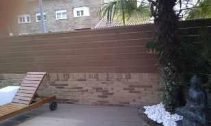 Cerramiento sintético en terraza con piscina