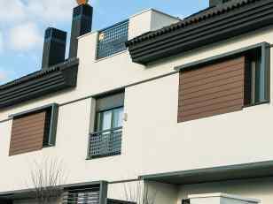 revestimiento madera sintetica paredes