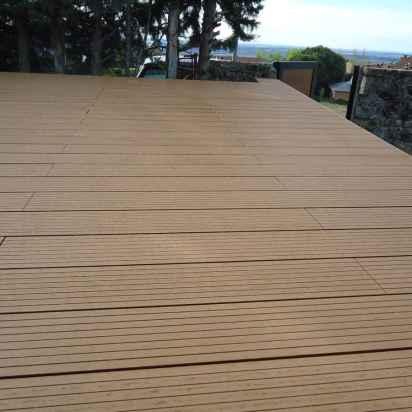 tarima-madera-composite-pasarela