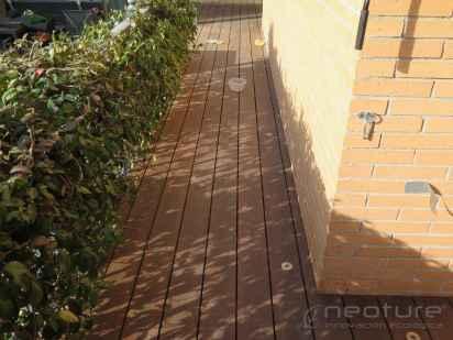 tarima encapsulada madera tecnologica terraza