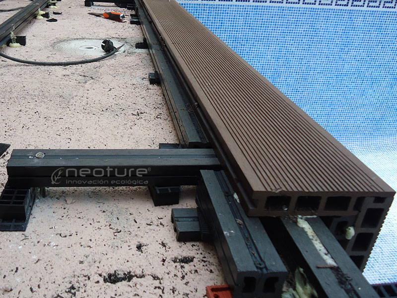 mamperlan-tarima-composite-coronacion-piscina - Neoture