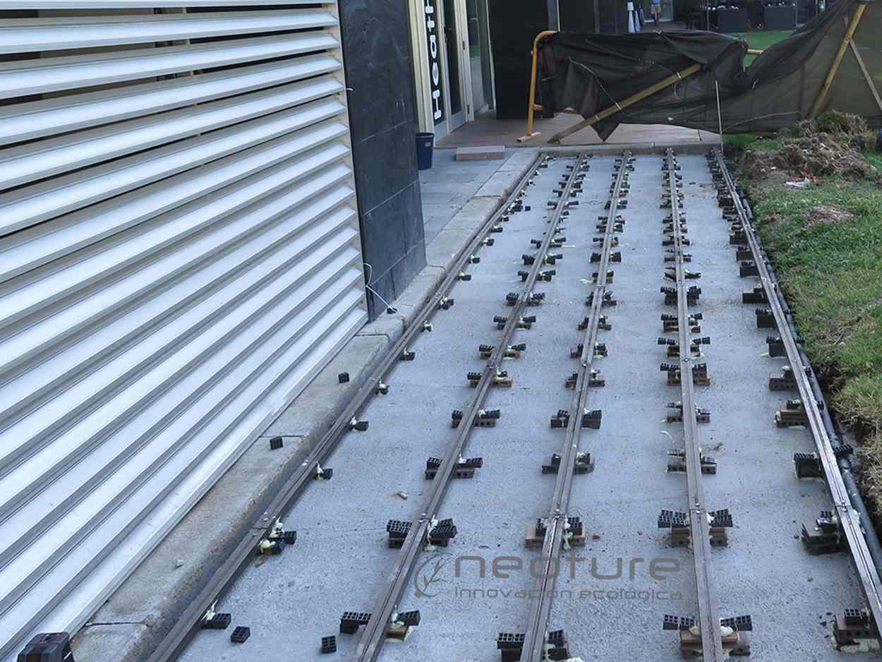 montaje-tarima-madera-composite-exterior-terraza-gimnasios-mallorca