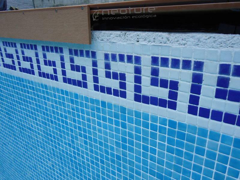 tarima exterior piscina coronacion con tapa
