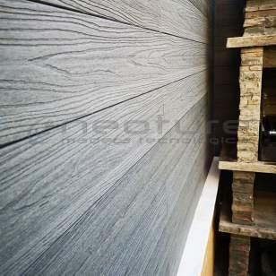 valla madera tecnológica exterior