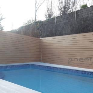 Vallado madera composite exterior para terrazas en color wood.