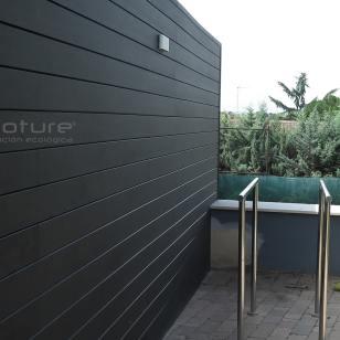 Vallado madera composite en terraza exterior