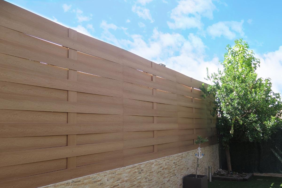 valla jardin madera sintetica celosia trenzada