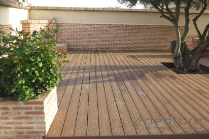 Tarima madera composite exterior color teka