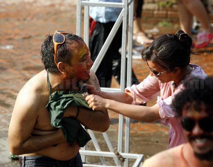 Namrata Shrestha Celebrating holi 2013 9