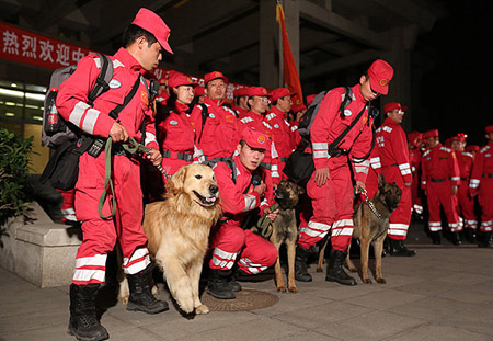 chinese-rescuers_3322301b
