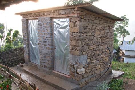 latrine_new