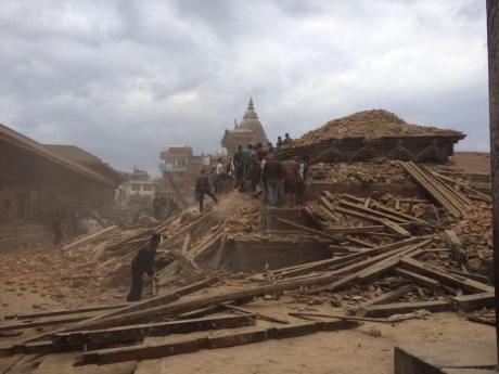 Nepal Earthquake Kathmandu Temple 1