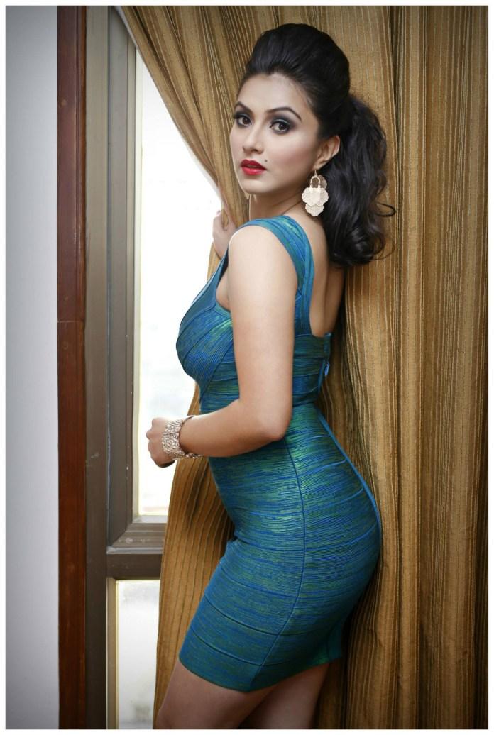 Nisha-Adhikari-Full-Image-Hope-Magazine