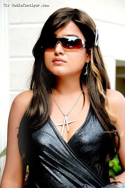 Rekha Thapa Model