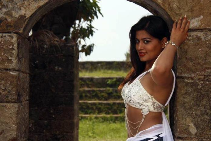 Shilpa Pokhrel Ready for Shot
