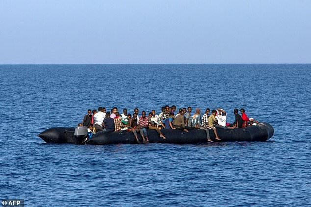 UN backs Italy bid to close migrant route from Libya