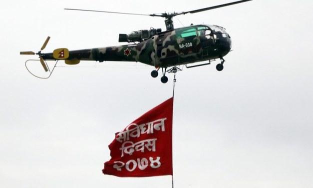 संविधान दिवसः पुष्पवृष्टि, परेवा उडान र सांस्कृतिक झाँकी (फोटो फिचर)