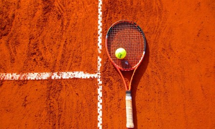 Title of Junior Tennis Doubles to Japanese pair