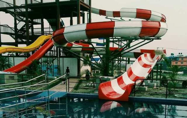 Water park 'Big Splash' in operation