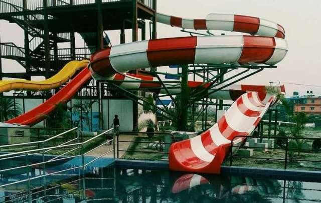 Water park 'Big Splash' in operation