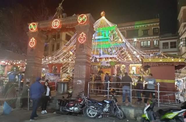 Makhan Mahadev Temple on the eve of Maha-Shivaratri