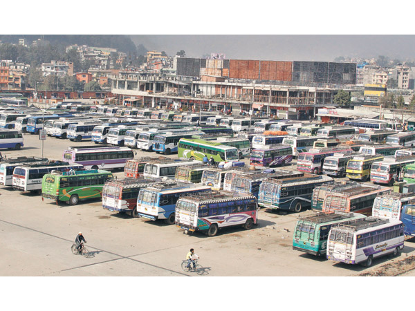parked-buses