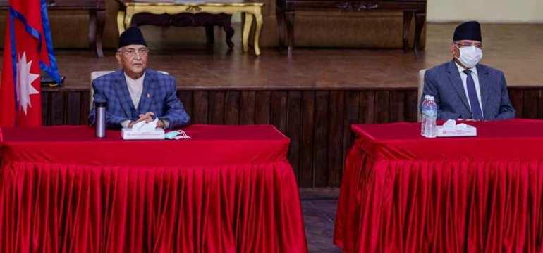 बालुवाटारमा बसिरहेको नेकपा सचिवालय बैठकका रोचक तस्वीरहरु