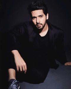 Hua Hai Aaj Pehli Baar Lyrics – Armaan Malik, Palak Muchhal | SANAM RE