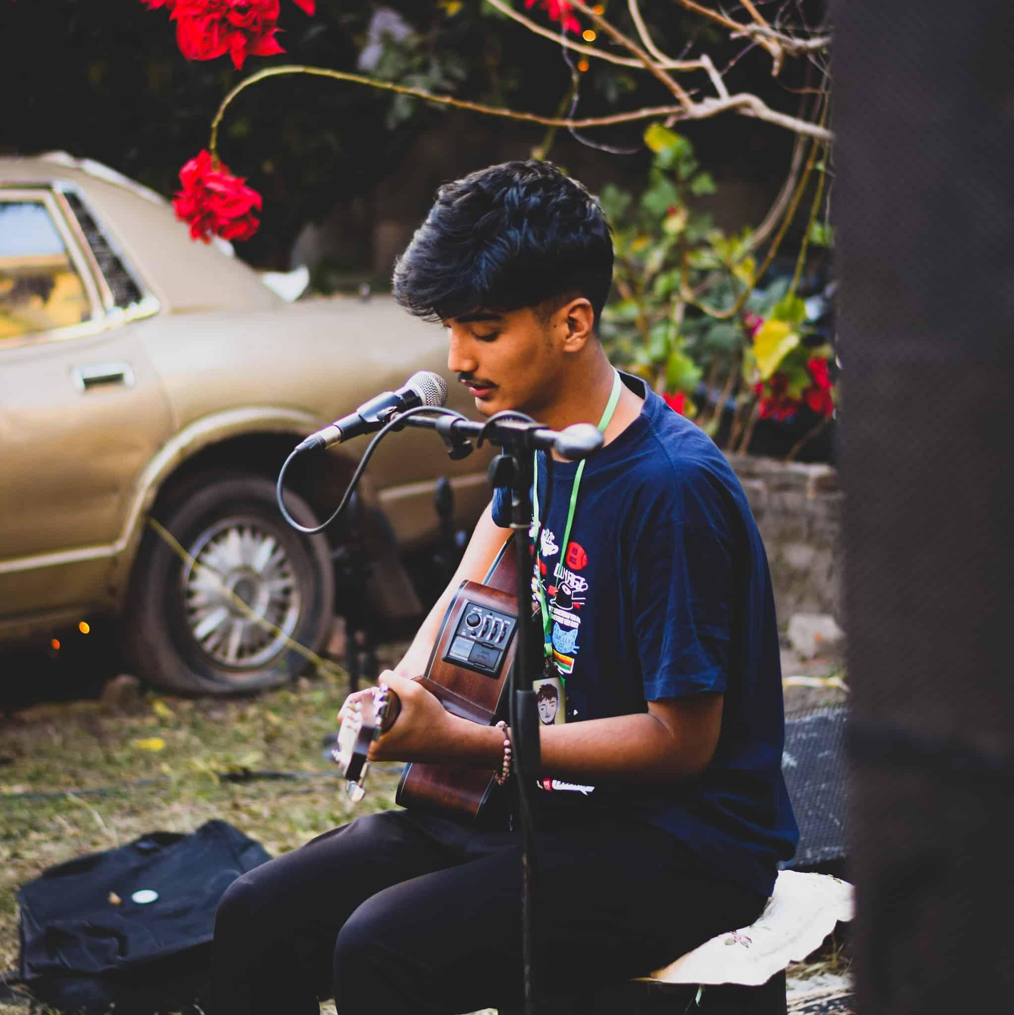 Mayako Katha Lyrics - Yabesh Thapa