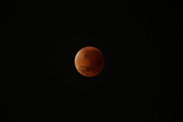 éclipse de Lune le 28 septembre 2015 par Nico