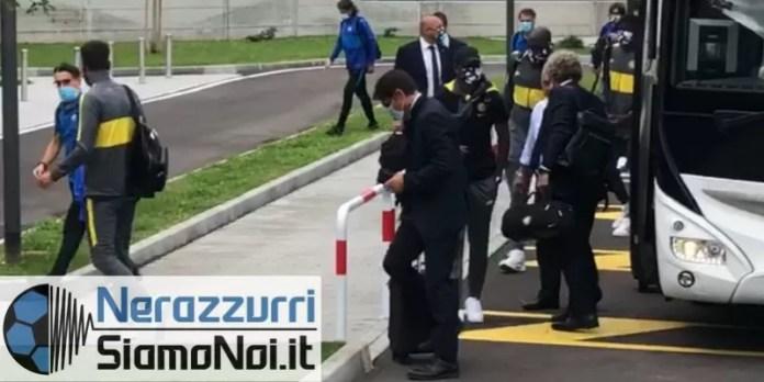 nerazzurrisiamonoi-antonio-conte-bus-2...