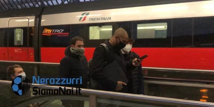 nerazzurrisiamonoi-Arturo-Vidal-partenza-stazione-rho...