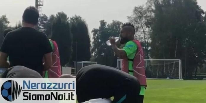 nerazzurrisiamonoi-arturo-vidal-allenamento-appiano-beve-2021...