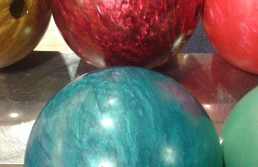 G7 Geek Bowling