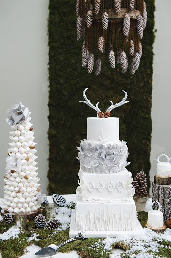Wedding Christmas Cake 11
