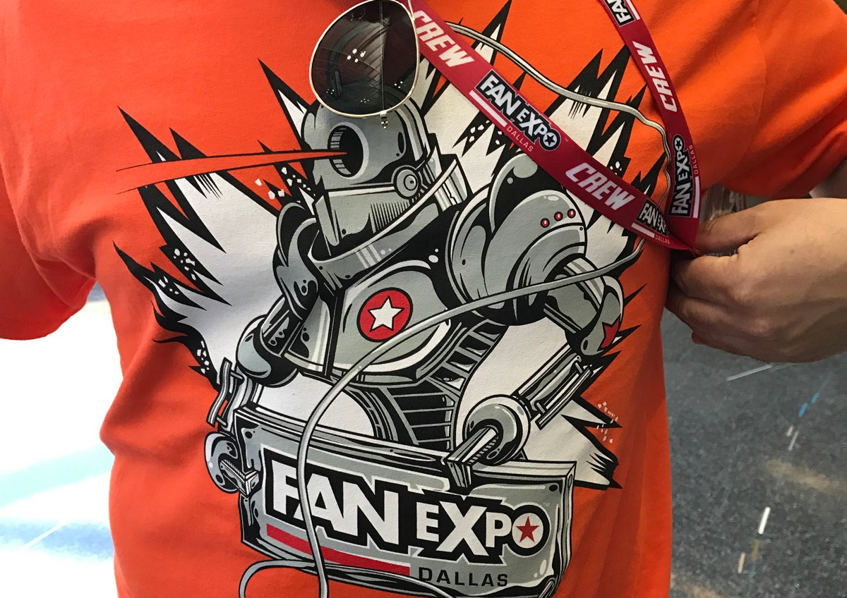 VOLUNTEER at Fan Expo Dallas 2017